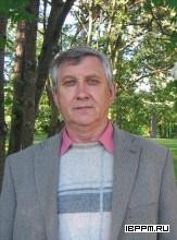 Зав. лабораторией заслуженный деятель науки РФ, д.ф.-м.н., профессор Николай Григорьевич Хлебцов