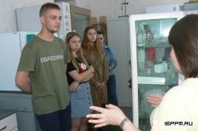 Ознакомительные экскурсии в ИБФРМ РАН для студентов СГАУ в рамках учебной практики.