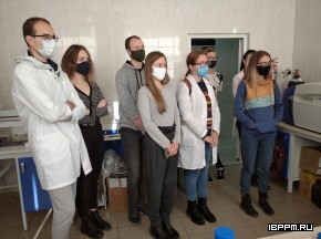Ознакомительная экскурсия в ИБФРМ РАН для студентов СГУ в рамках учебной практики.
